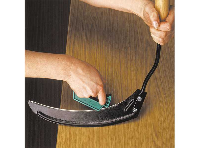 Thumbnail image of MultiSharp Multi-Sharp® MS1501 4- in-1 Garden Tool Sharpener