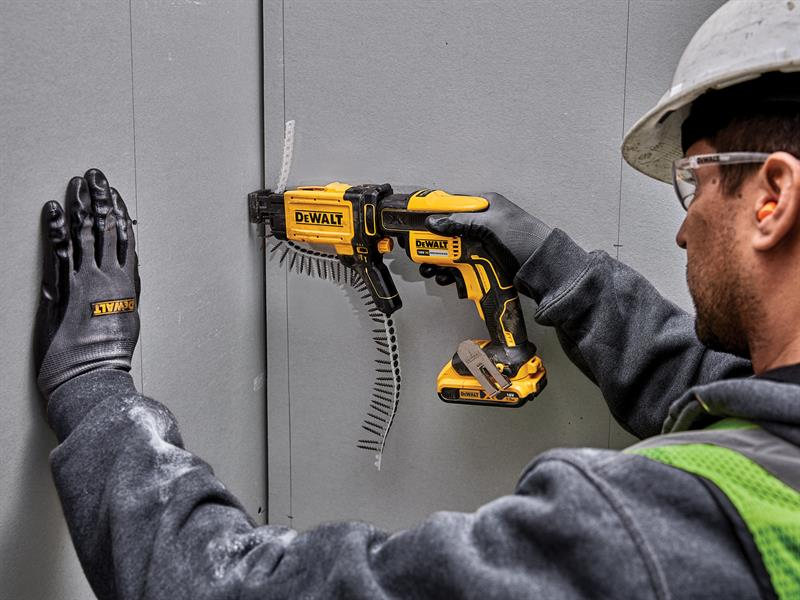 Thumbnail image of DeWALT DCF6202 Collated Drywall Screw Gun Attachment
