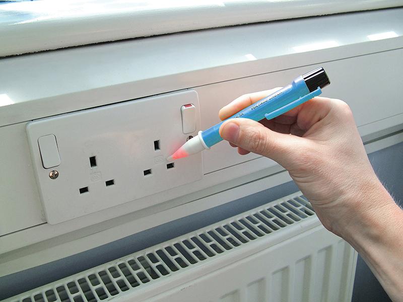Thumbnail image of Faithfull Voltage Detector Pen 50-1000V AC