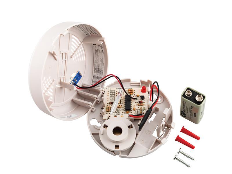Thumbnail image of First Alert HA300CBUK Heat Alarm with 9V Battery