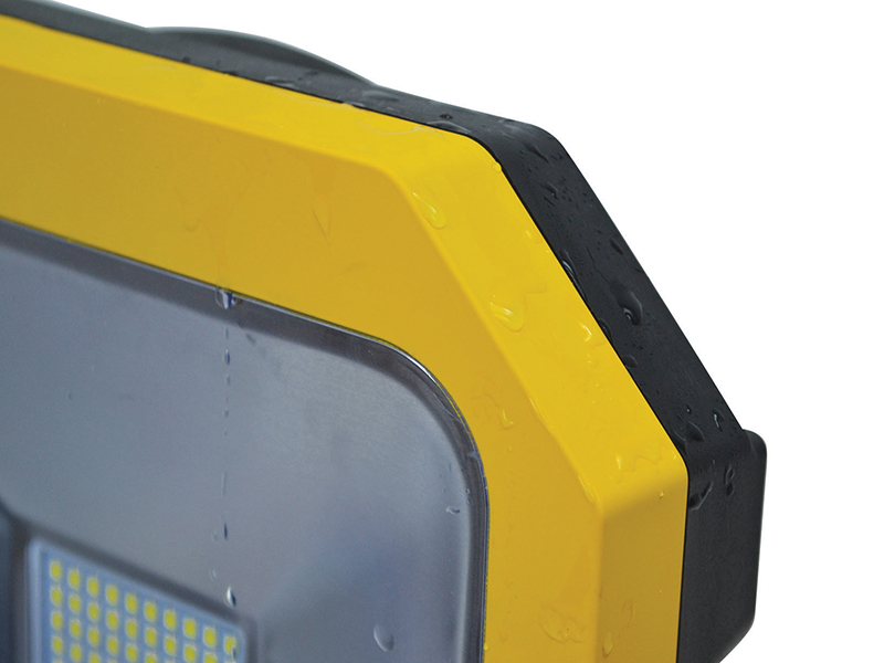 Thumbnail image of Faithfull SMD LED Task Light with Power Take Off 20W 110V