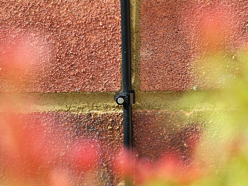 Thumbnail image of Hozelock Wall Clip 4mm (10 Pack)