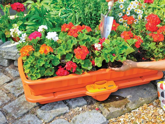 Thumbnail image of Hozelock 2811 Flower & Vegetable Waterer