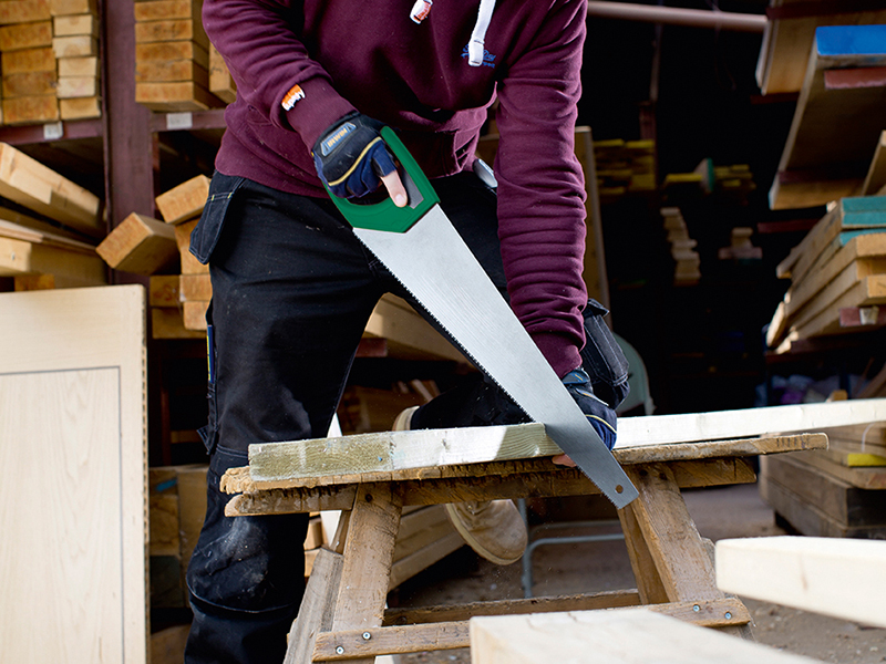 Thumbnail image of Irwin 770UHP Coarse Hardpoint Handsaw Soft Grip 550mm (22in) 7 TPI