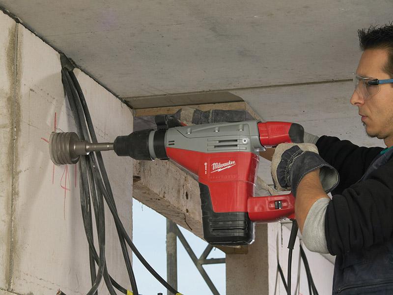 Thumbnail image of Milwaukee Power Tools Kango 545S SDS Max Combination Breaking Hammer 1300W 110V