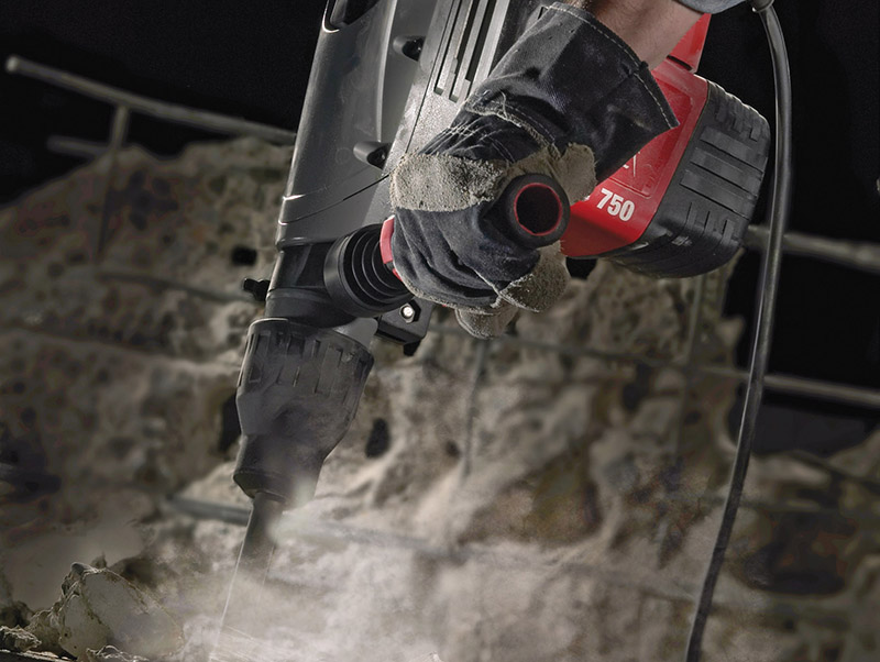 Thumbnail image of Milwaukee Power Tools Kango 750S SDS Max Combination Breaking Hammer 1500W 110V