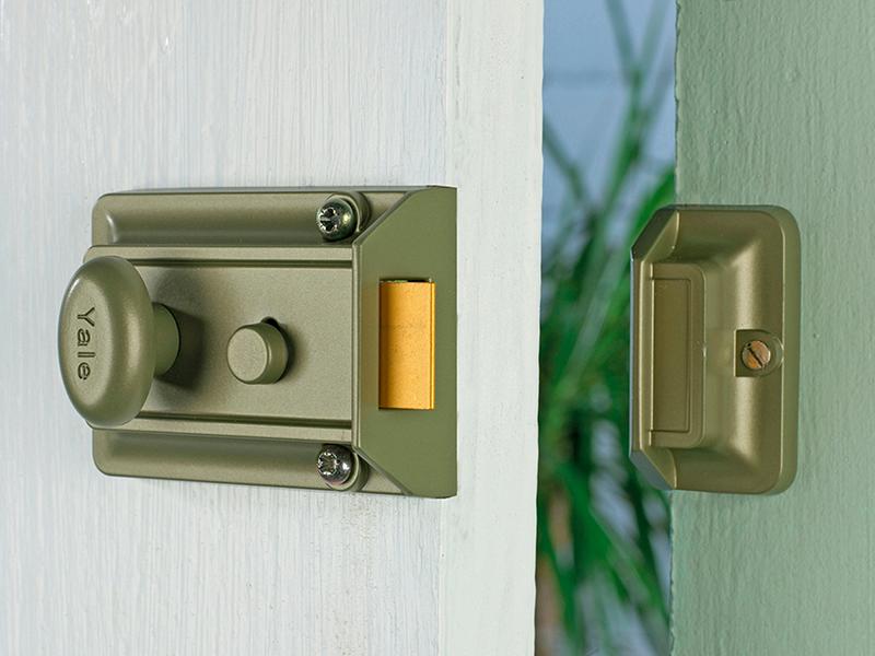 Thumbnail image of Yale P77 Traditional Nightlatch 60mm Backset Nickel Brass Finish SC Cylinder Box