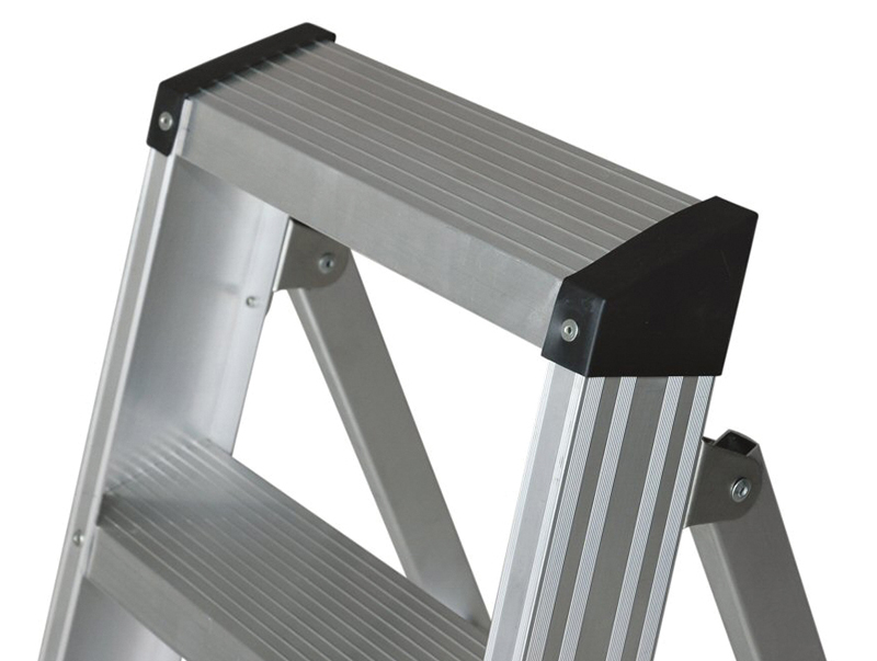 Thumbnail image of Zarges EN131 Professional Swingback Steps, Open 2.11m Closed 2.37m 10 Rungs