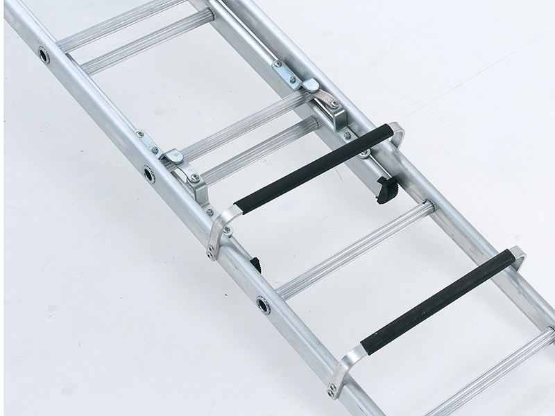 Thumbnail image of Zarges Industrial Roof Ladder 1-Part 17 Rungs 5.55m